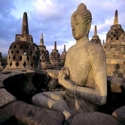 jogja-buddha-temple-holiday-package-visiit