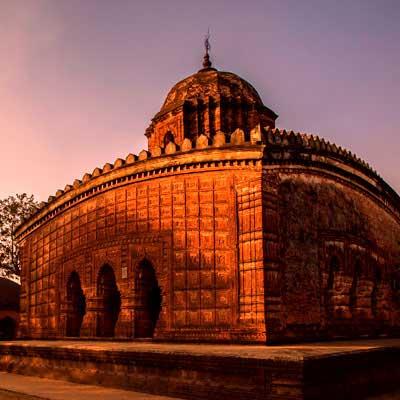 madan-mohan-temple-travel-visiit