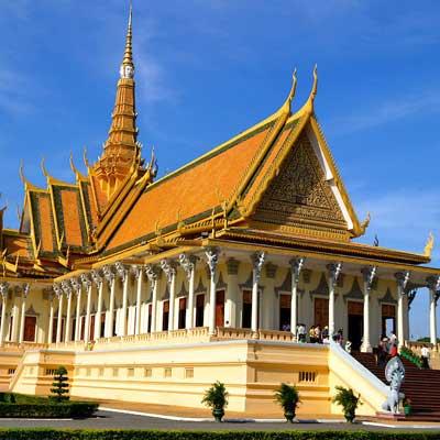cambodia-phnom-penh-royal-palace-visiit