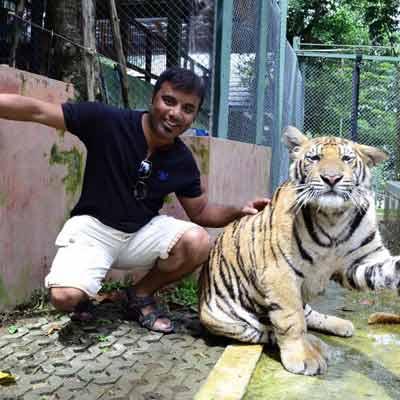 sriracha-tiger-zoo-trip-visiit
